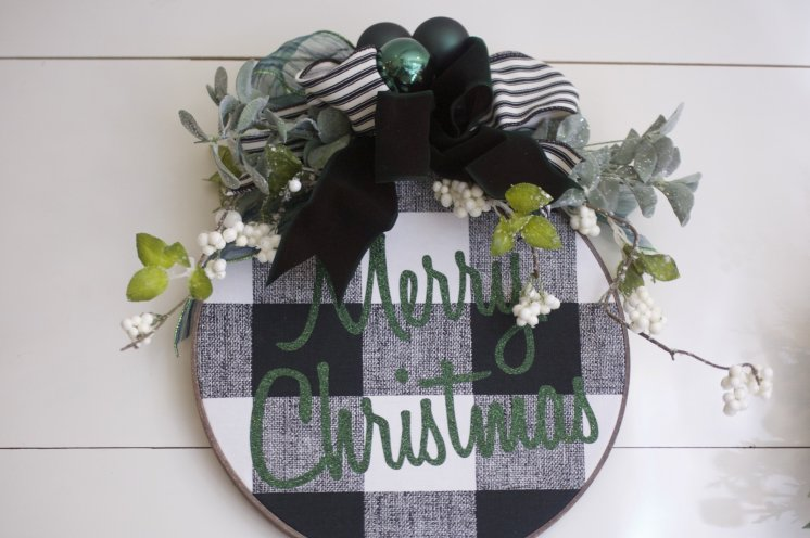 Buffalo Plaid Embroidery Hoop Door Hanger