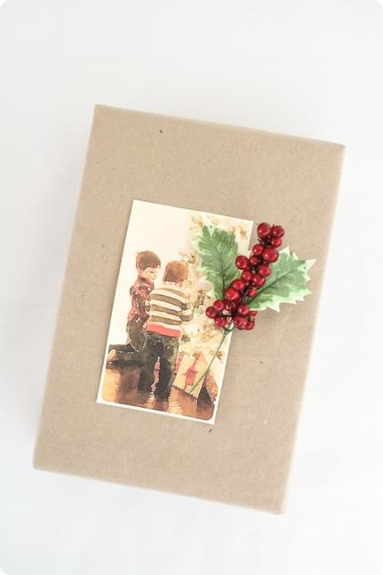 Christmas photo gift wrapping idea