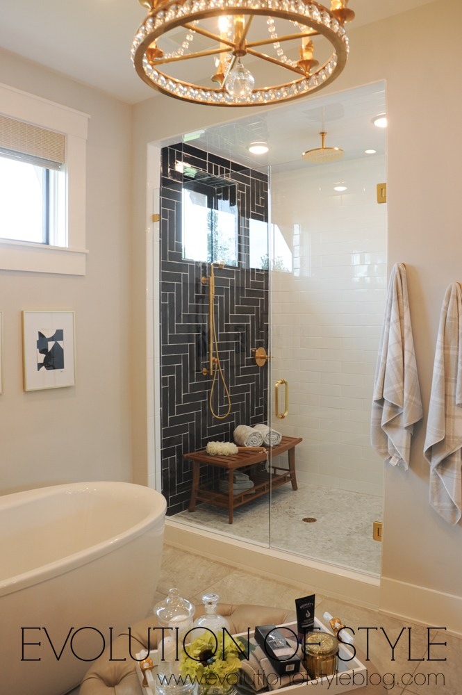 Black subway tile bathroom design
