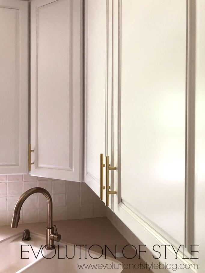 Decorators White Kitchen Cabinets