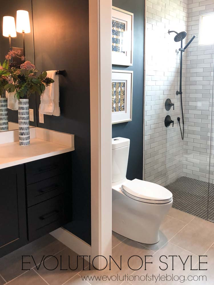 2019 Homearama - The Breckenridge - Guest Bathroom