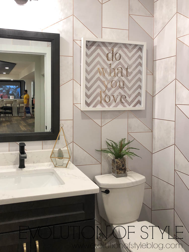 2019 Homearama Day Two - Graphic Powder Room Wallpaper