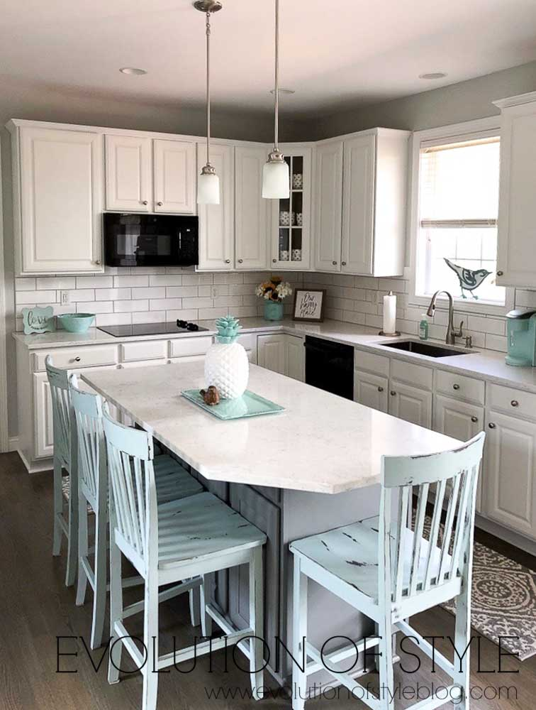 Kitchen Cabinets Painted in Pure White and Cityscape