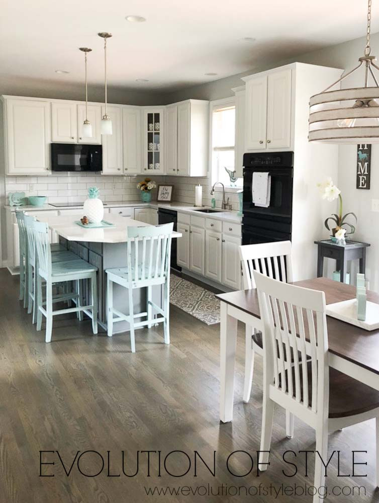 Kitchen Cabinets Painted in Cityscape and Pure White - Sherwin Williams