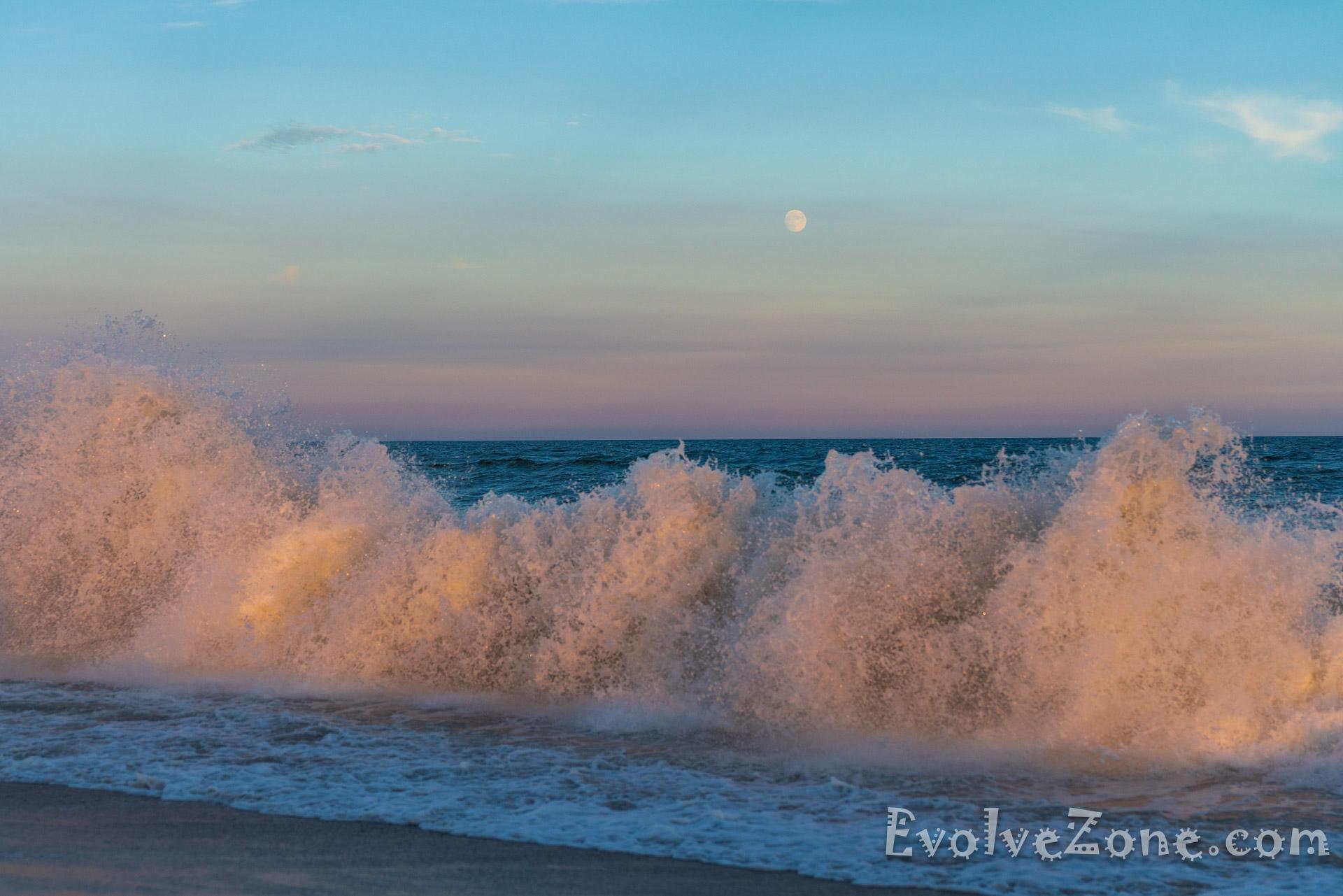 Big waves at Jones Beach