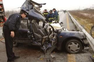 Αλεξανδρούπολη: ΔΥΟ ΝΕΚΡΟΙ στην Εγνατία. Το αυτοκίνητο τους έπεσε στις προστατευτικές μπάρες