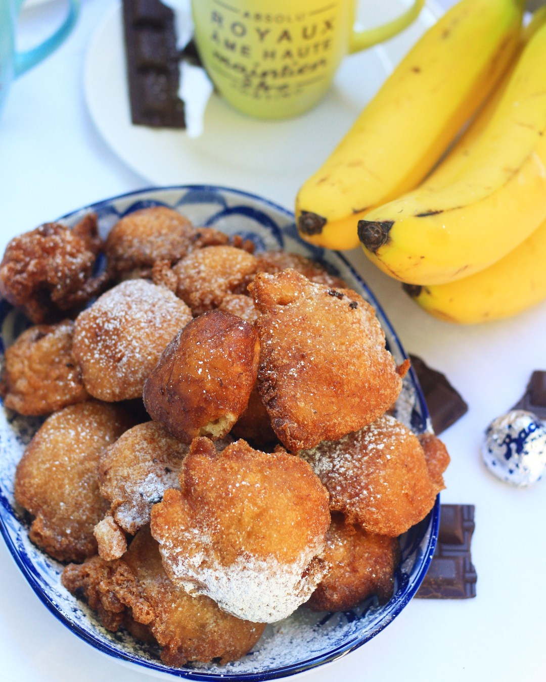 Classic Nigerian banana puff puff with a twist; soft, chewy and filled with bananas! Add a cup of MAX Indulge Mocha + Salted Caramel, and you've got the perfect afternoon snack!