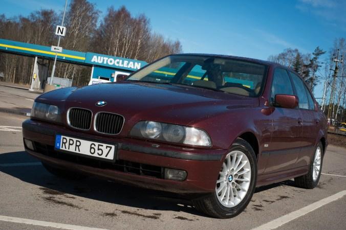 Nytvättad BMW