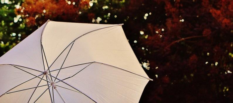 Rady a tipy pro výběr zahradního slunečníku
