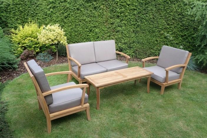 Teak, ratan, eukalyptus – vyznáte se v zahradním nábytku?