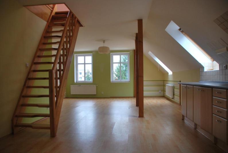 Proč si vybrat k bydlení pronájem bytu ve městě?
