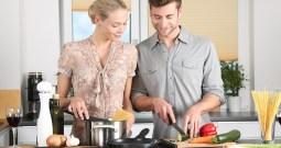 Drobní pomocníci v kuchyni nám slouží už desítky let. A pořád je milujeme!