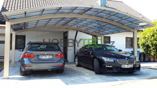 Přístřešek pro auto – marketingový trik nebo je lepší jak garáž?