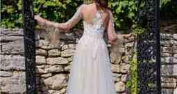 Svatební šaty na míru vyjdou mnohdy levněji, než je cena půjčovného