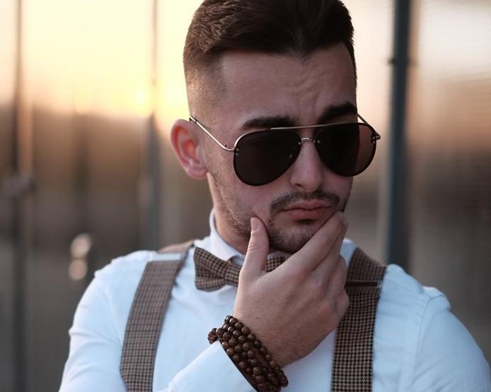 Tipy na dárky pro elegantní muže, které potěší