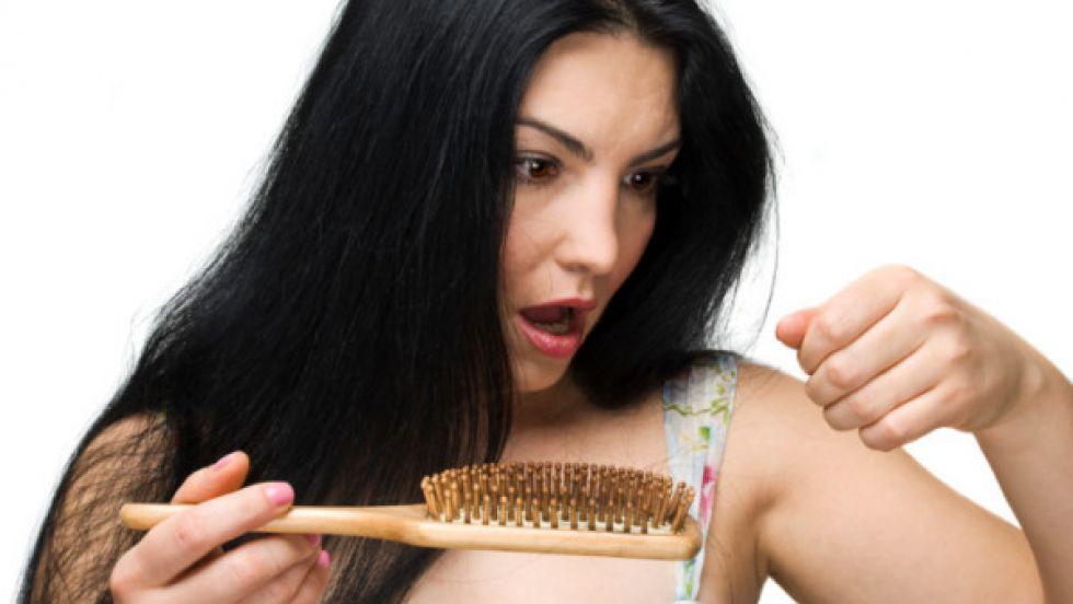 Máte problémy s vypadávaním vlasov?