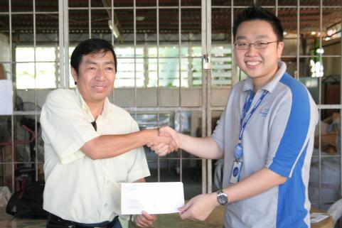 Mr. Bertie, GM of EDEN & Chan Kee Siak, CEO of Exabytes Group