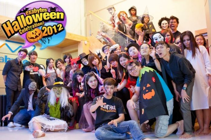 Exabytes Halloween Celebration 2012 (19)