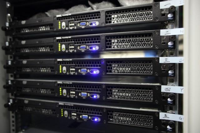 хостинг серверов за 100 рублей
