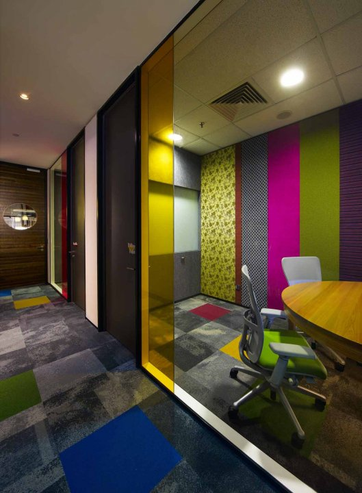 the-meeting-rooms-are-a-mix-of-texture-and-color