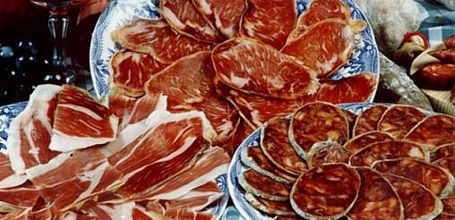 Sanidad tiene un plan para reducir la sal de embutidos y lácteos