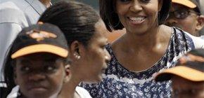 Michelle Obama promueve el Béisbol contra la obesidad