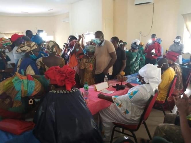 """Bignona :Aminata Assome Diatta """"déchire"""" les décrets de Aly Ngouille Ndiaye et mobolise ses troupes"""