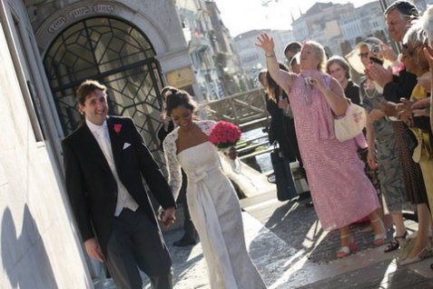 Getting out of the marriage hall of Venice