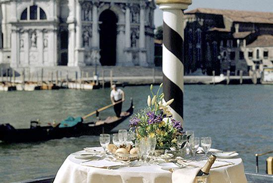 Venice wedding lunch with vista on the Grand Canal
