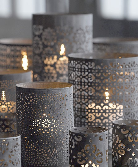 Romantic paper lanterns. Source: Weddingbee.com
