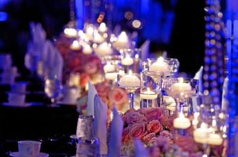 Tea-lights table decor - source Stylemepretty.com