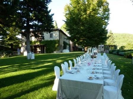 Wedding reception in a farmhouse in Chianti