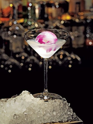 radiant orchid cocktail