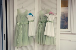 Fifties style wedding on the Amalfi Coast – Bridesmaids and Flower Girls Dresses