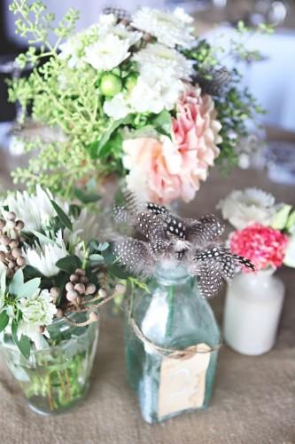 flower-feather-centerpiece
