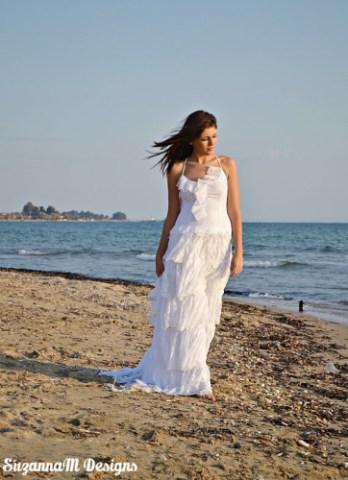white-lace-bohemian-wedding-dress