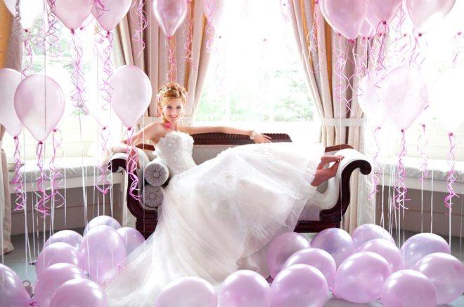 Balloon inspired bridal photo shooting