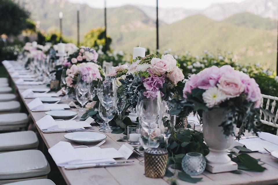 Romantic florals for Hotel Caruso wedding reception