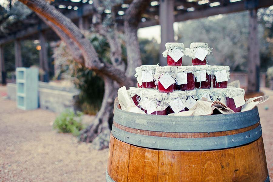 Wooden barrel for wedding favors