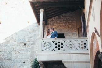 tuscany-wedding-castle-palagio-gabriella-charles-portrait-006