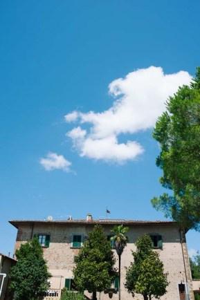 tuscany-wedding-castle-palagio-gabriella-charles-preparation-029