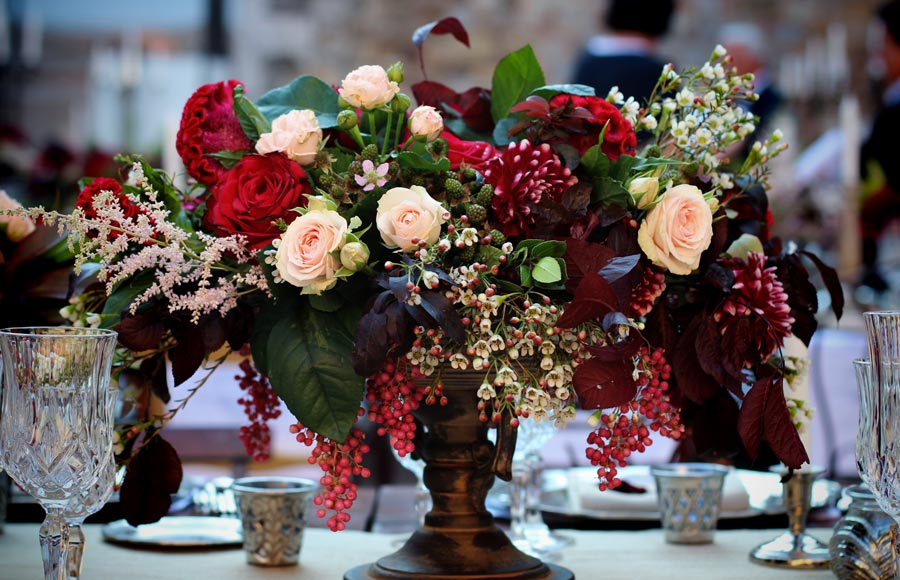 Flowers for wedding reception in Tuscany