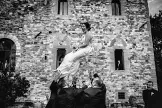 castle-wedding-in-florence-vincigliata-layla-jason-70
