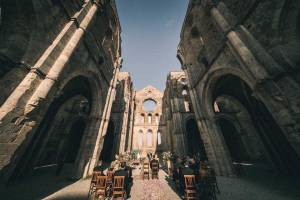 tuscany-wedding-san-galgano-mimi-and-decker-0030