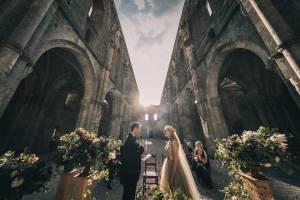 tuscany-wedding-san-galgano-mimi-and-decker-0035