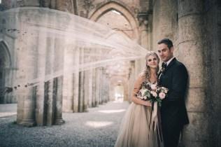 tuscany-wedding-san-galgano-mimi-and-decker-0043