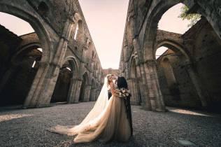 tuscany-wedding-san-galgano-mimi-and-decker-0051