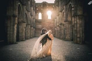 tuscany-wedding-san-galgano-mimi-and-decker-0056