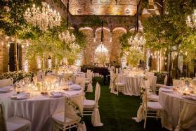 castle-wedding-tuscany-vincigliata-650