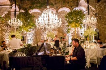 castle-wedding-tuscany-vincigliata-750
